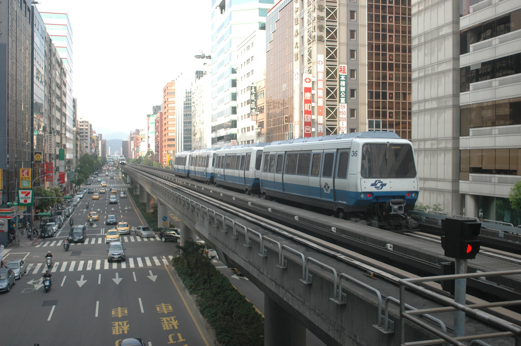 When Urban Mass Transit is More than a Means of Transportation: Cultural Intimacy, Civility, and Identity on Taiwan