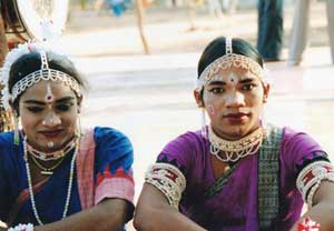 Exceptional Embodiments: Gotipuas and Gender Performance in Odissi Dance