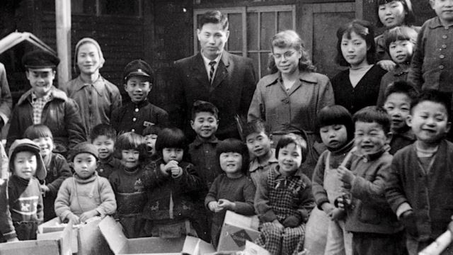 Im Colloquium - Hero or Villain: The Holts and the Korean Adoption Boom, 1955-60