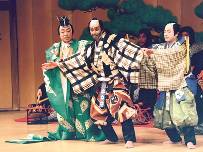 The Use of Japanese Traditional Theater Aesthetics and Techniques in Contemporary Acting and Directing