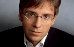"Dr. Ian Bremmer, President of Eurasia Group: ""Global Political Risk:  Managing Through Economic Catastrophe"""