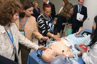 Diplomats View High-Tech Health at Ronald Reagan Medical Center