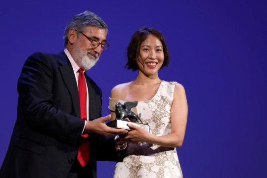 Professor Gina Kim wins top VR award at Venice film festival