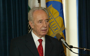 Shimon Peres at UCLA Meeting Calls for Negotiating with Existing Palestinian Leadership