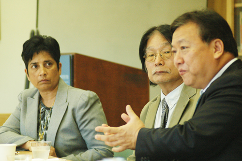 New Thai ambassador visits UCLA